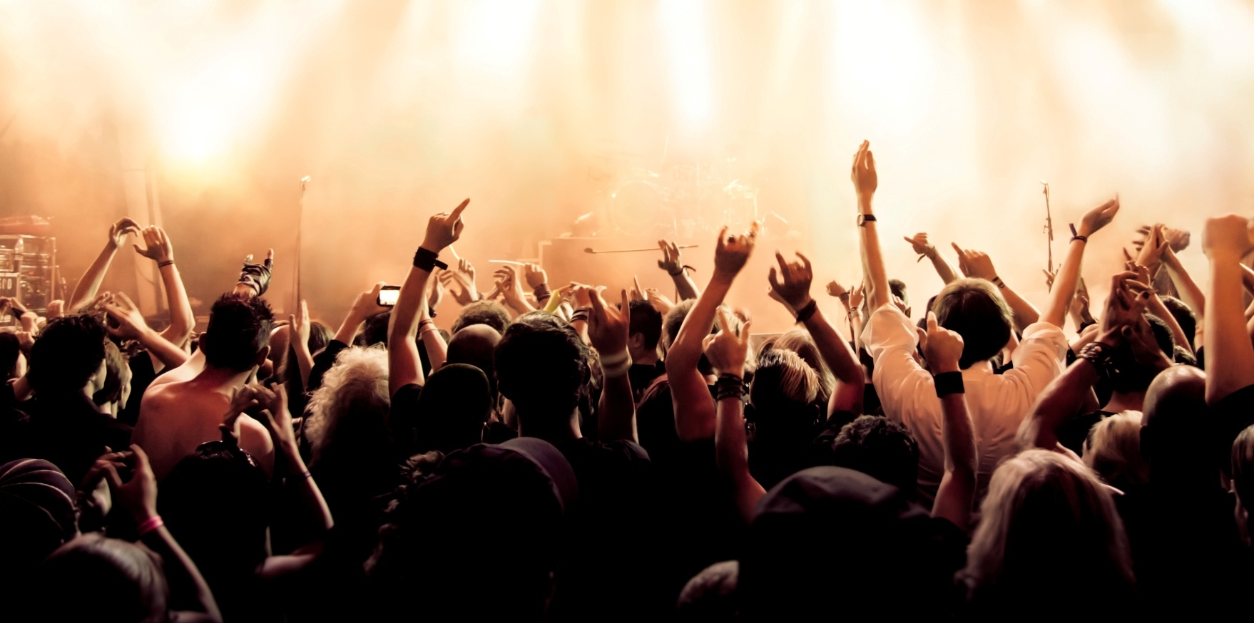 crowd-004.jpg